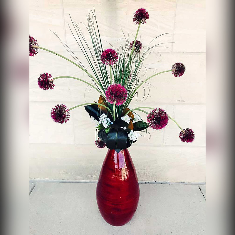 Magenta-Flower-Arrangement